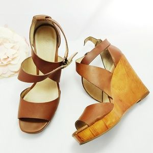 Lucky Brand Lyndell Wedge
